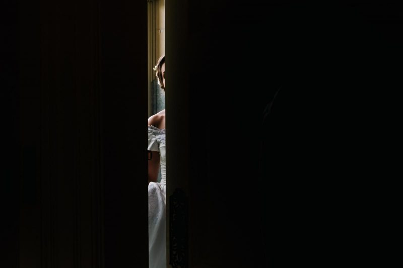 abstract artistic reportage wedding photography by Kristian Leven